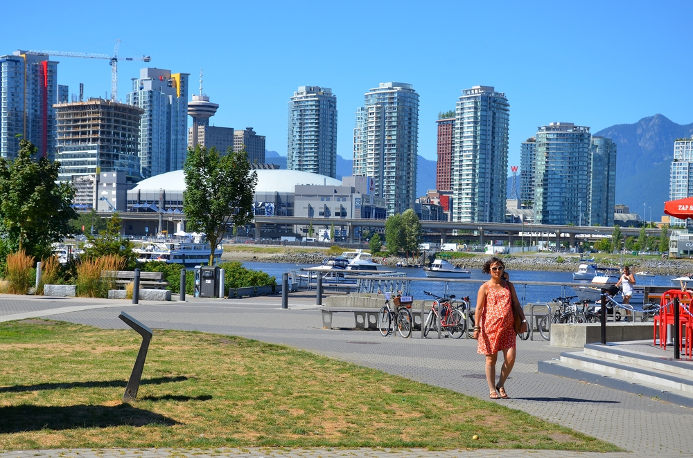 Downtown Vancouver Waterfront_211651777