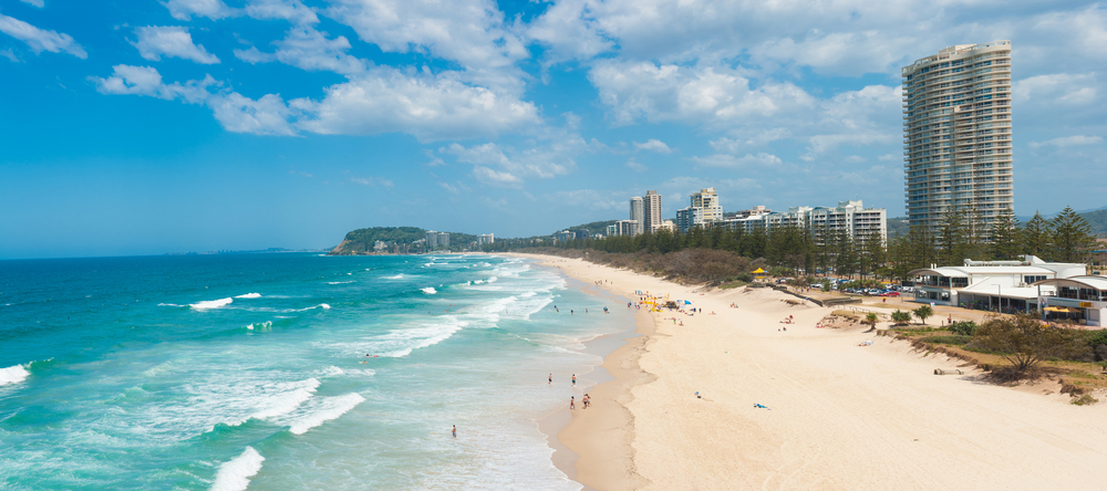 Gold Coast with a beach full of tourists_268832675
