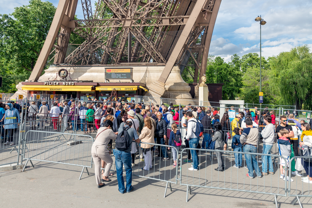 ticket office of the Eiffel tower_292478297