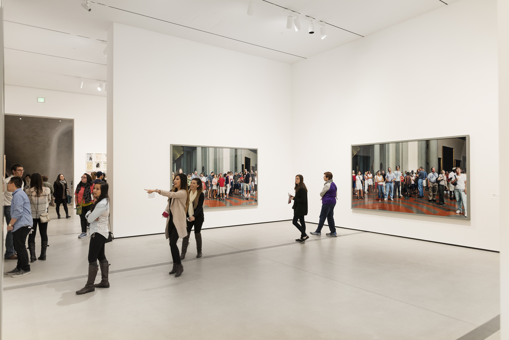 Thomas Struth, Audience 4 in The Broad Museum_356331410