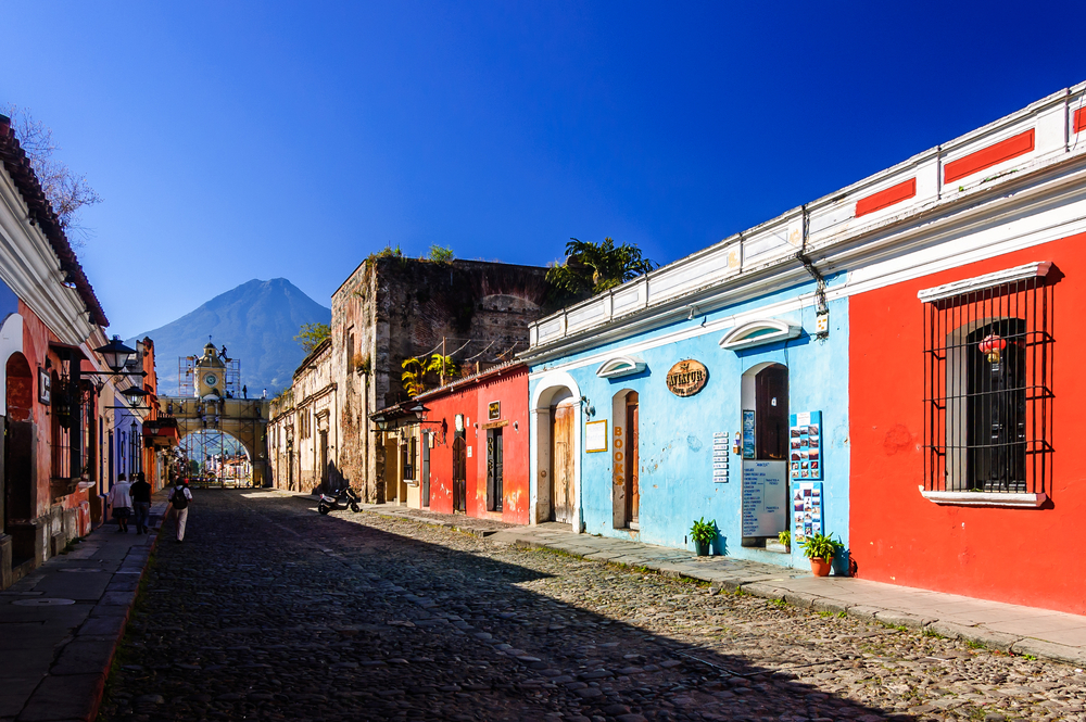 colonial town of Antigua_251592472