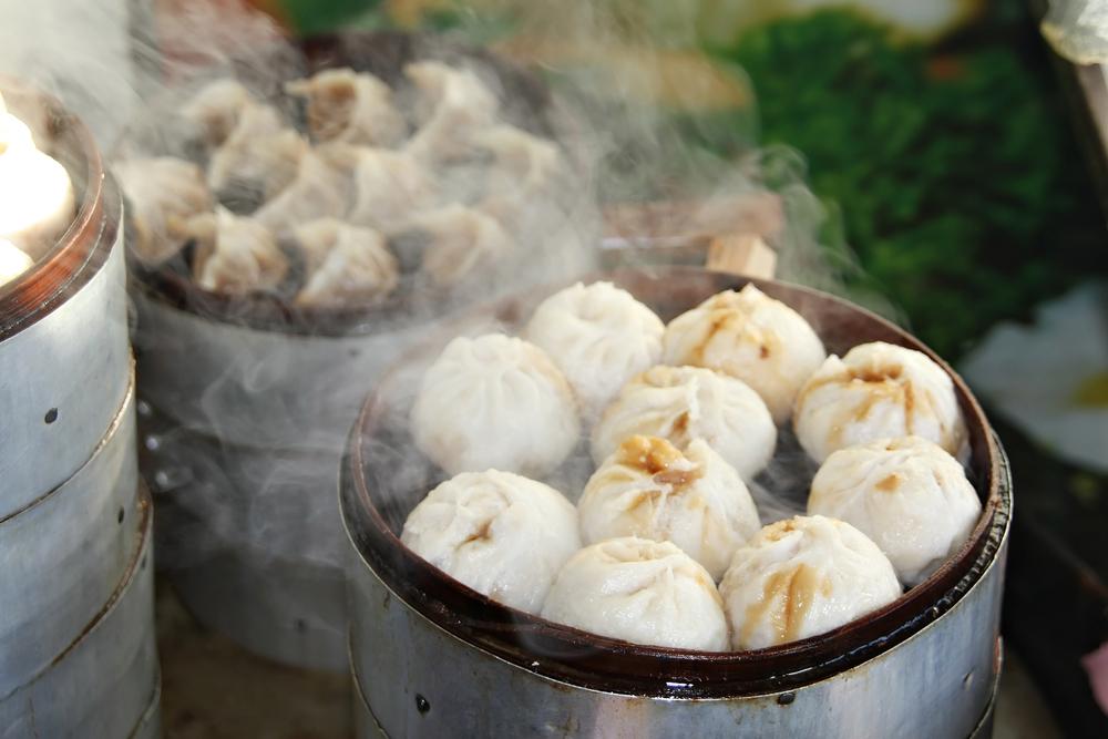 Steamed Dumplings in Beijing_124089202