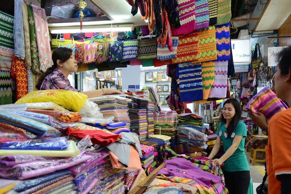 burmese clothes in a clothes shop in Bogyoke market_427648342