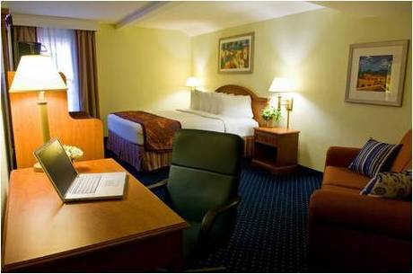 la quinta old town airport san diego guest reservations. Black Bedroom Furniture Sets. Home Design Ideas