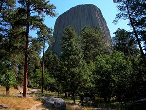 PIPO/2003-08-16_Devils_Tower_3_300.jpg