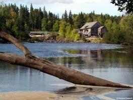Moulin des pionniers maxime duperr  saguenay  lac saint jean small