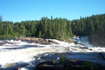 Sentier chute gagnon saguenay  lac saint jean small
