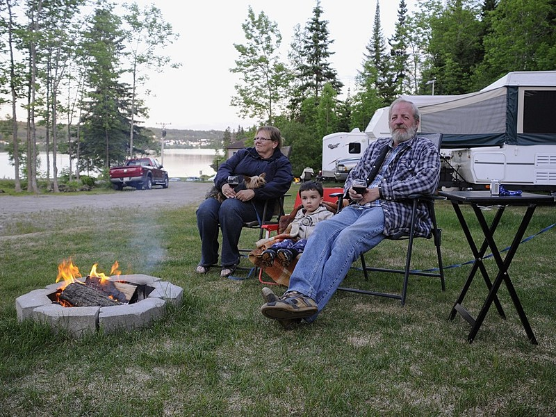 Camping famille feu big