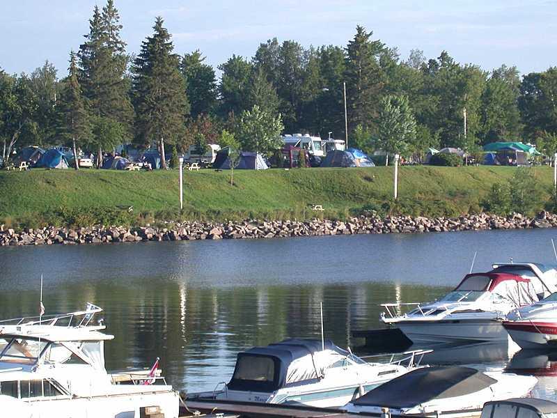 Eau bateaux camping big