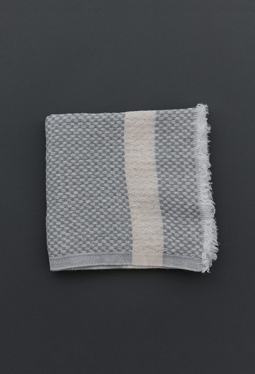 Samuji-koti-tea-towel-light-grey-check
