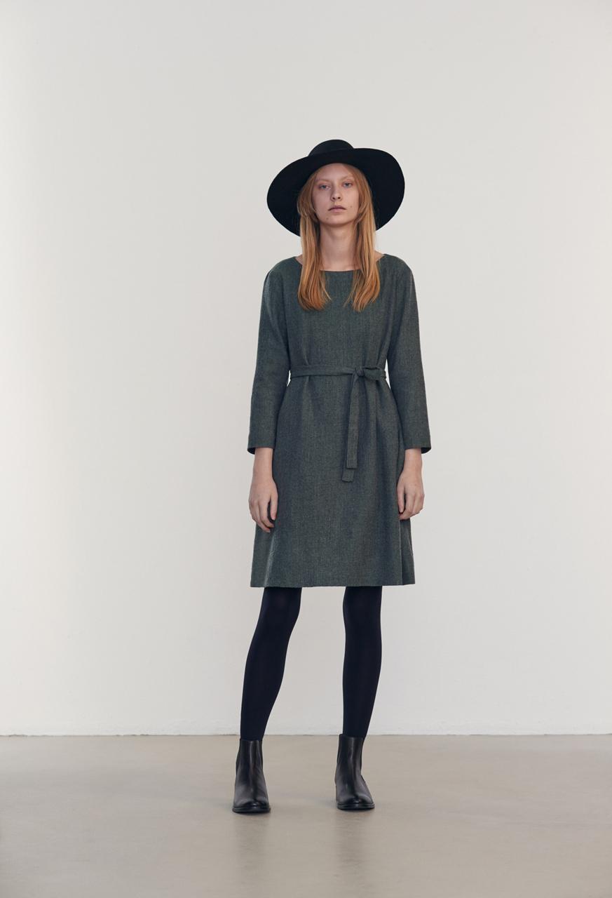 Samuji-fw16-winter-finch-dress-petite-green-lookbook