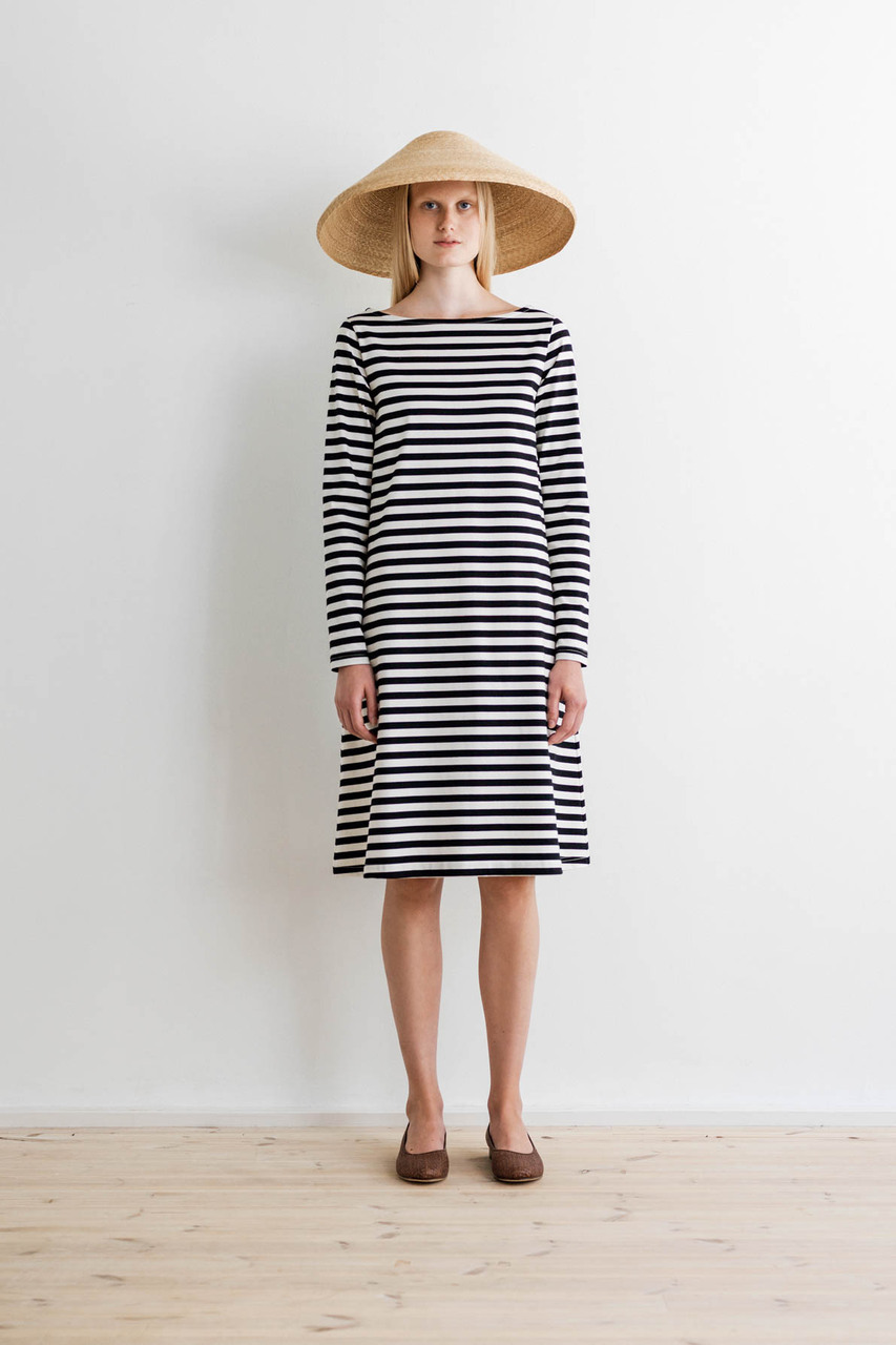 Samuji-ss17-renja-dress-summerstripe-black-white