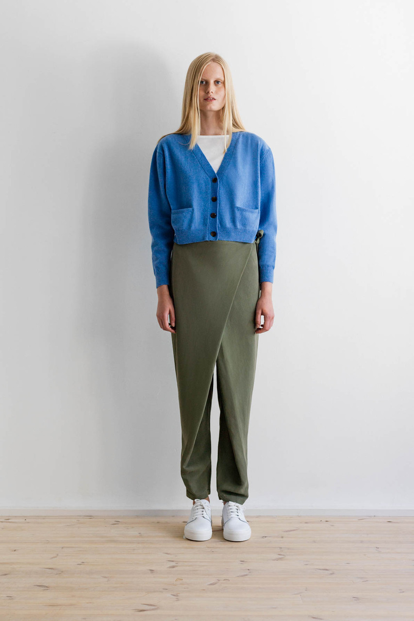 Samuji-ss17-pilot-cardigan-albany-blue-filial-trousers-green