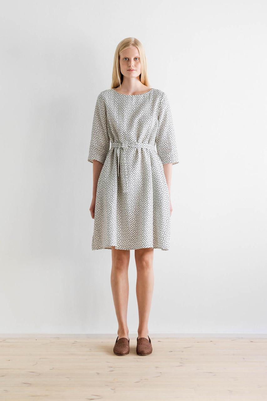 Samuji-ss17-finch-dress-ecru-juhannuskoivu