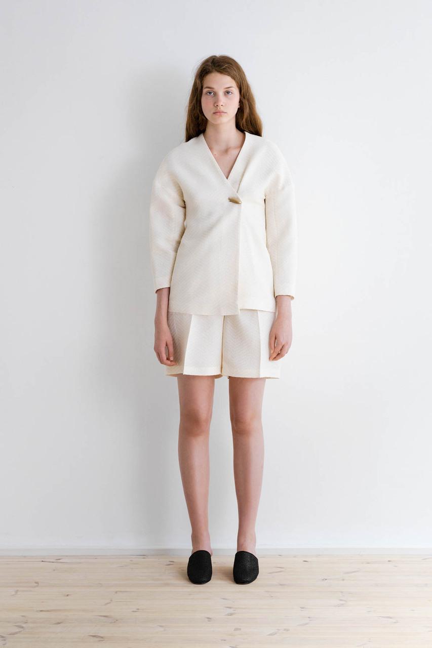 Samuji-ss17-travah-blazer-trasi-shorts