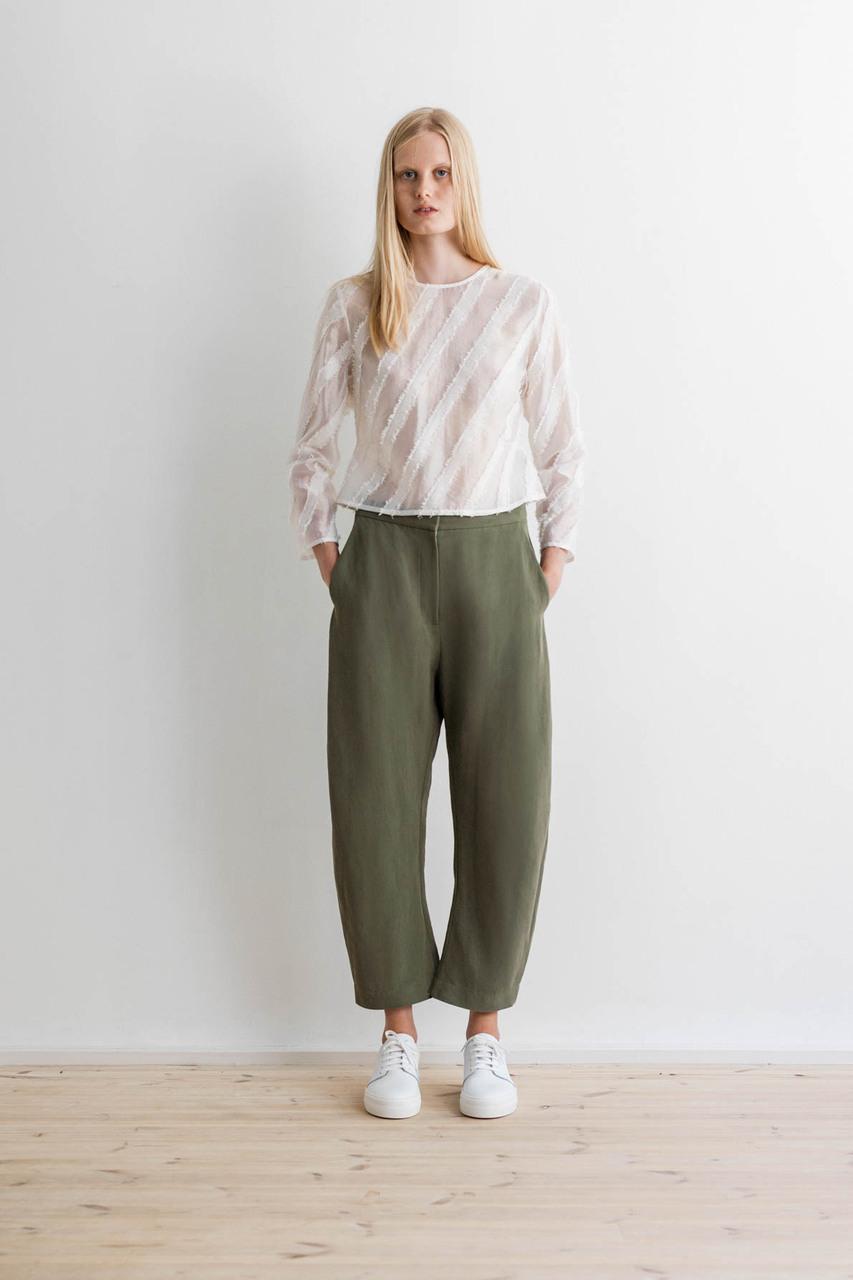 Samuji-ss17-dimor-shirt-floella-trousers