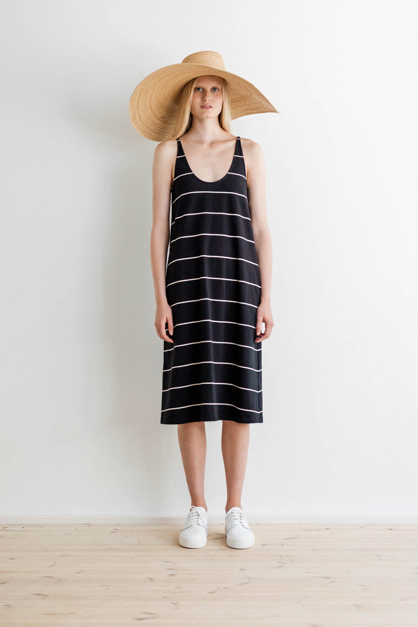 Samuji-ss17-loma-dress-halo-hat