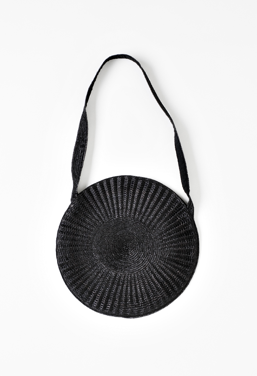 Circle_bag_black_ss17_f