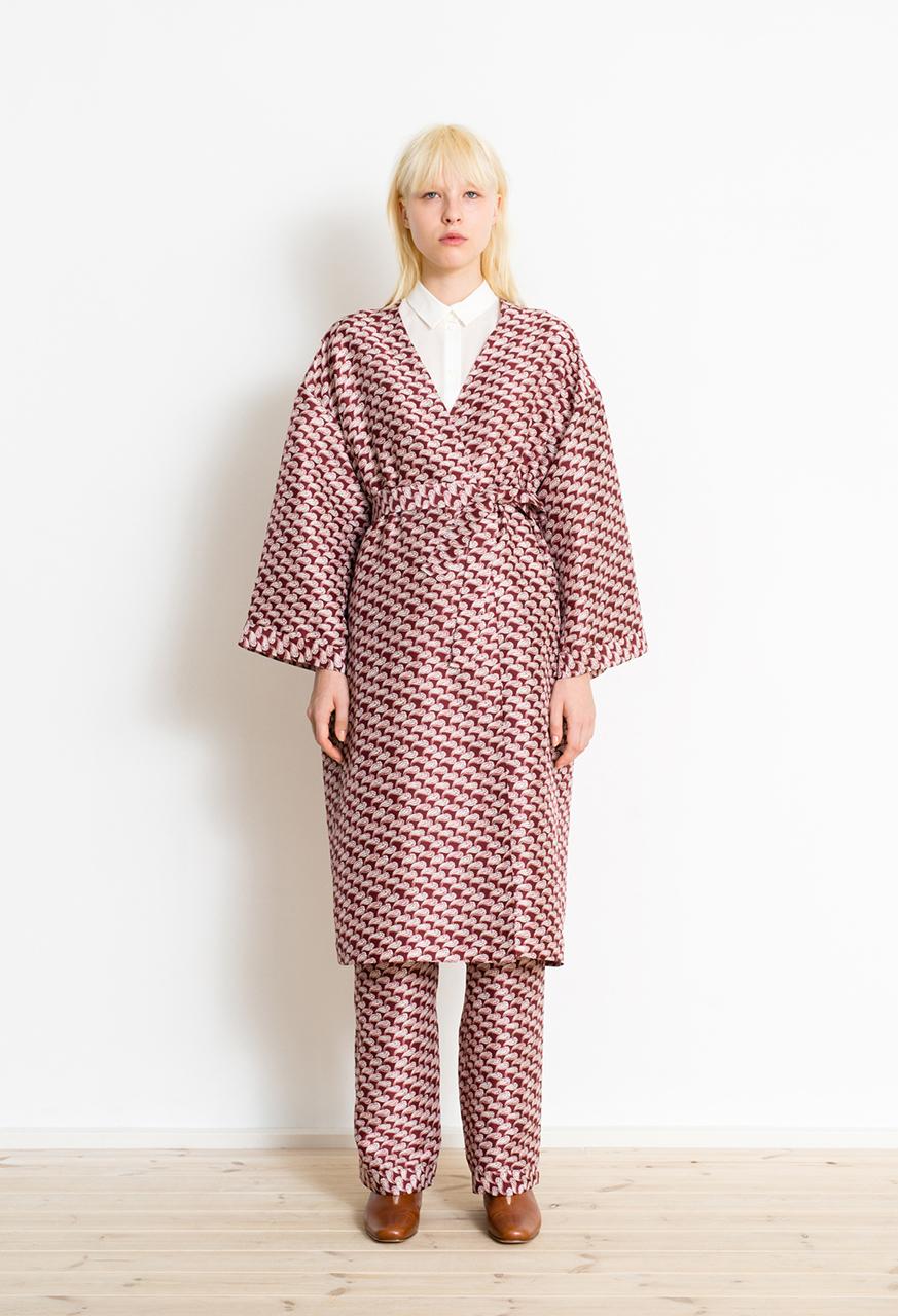 Samuji-pf17-pahuku-coat-petal