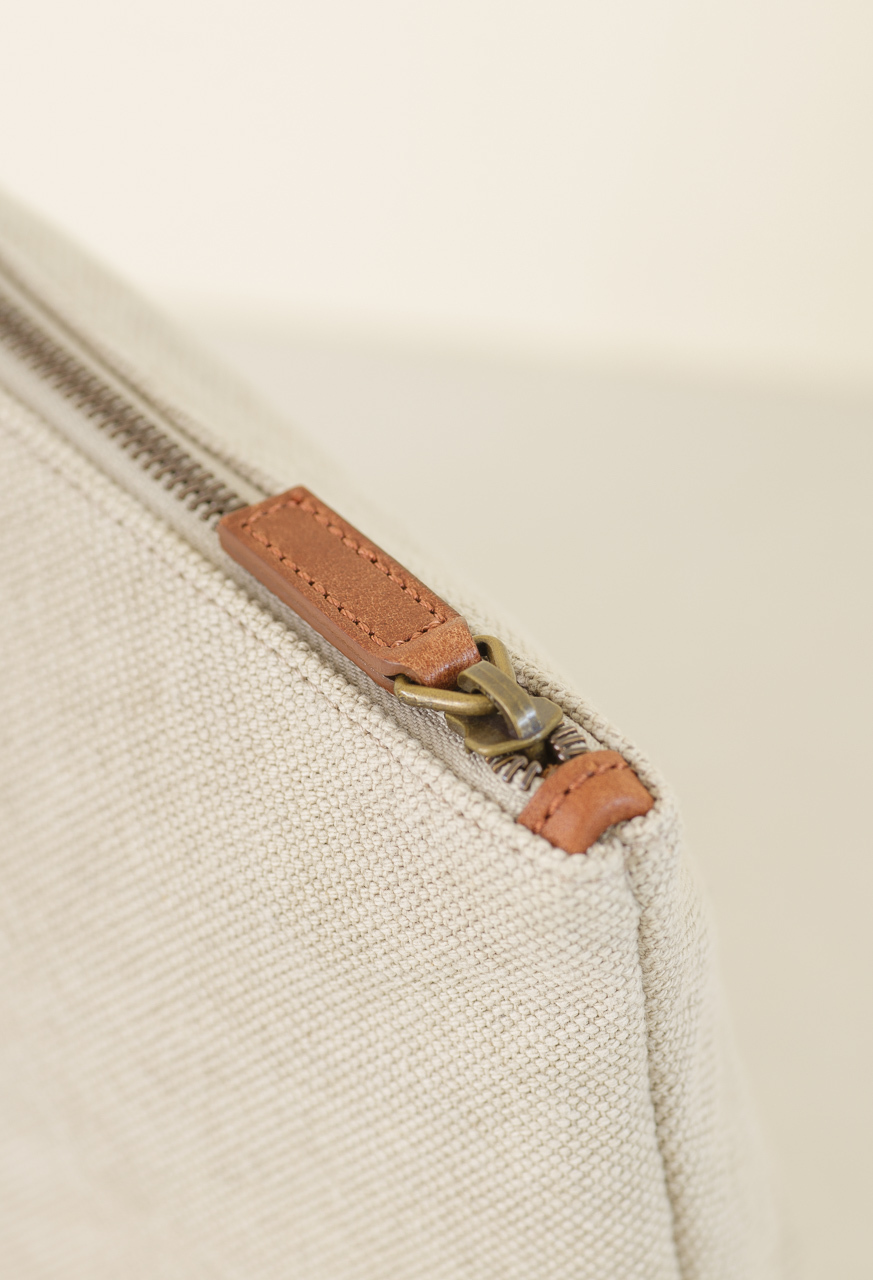 Samuji_vene_purse_detail