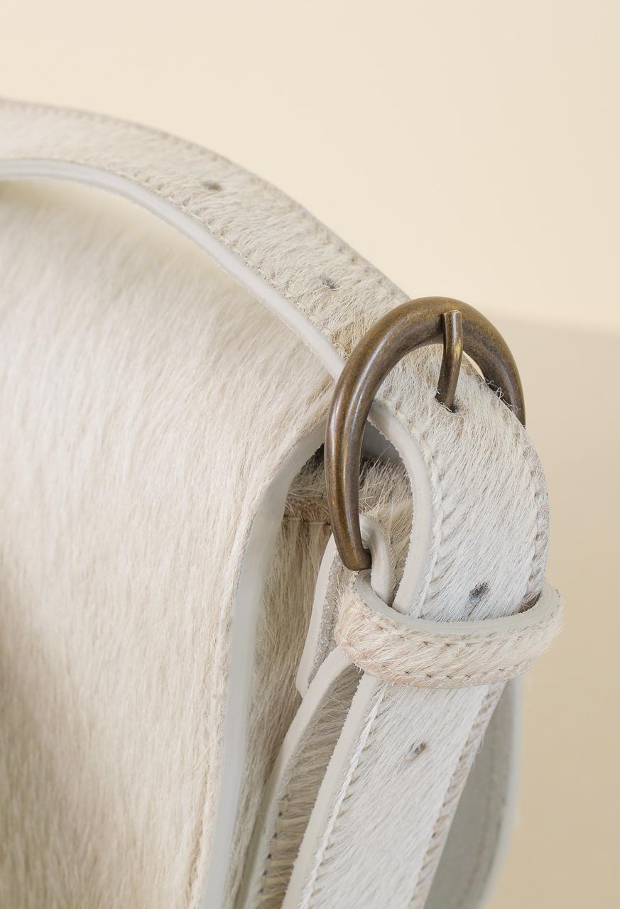 Samuji_saddle_bag_babycalf_detail