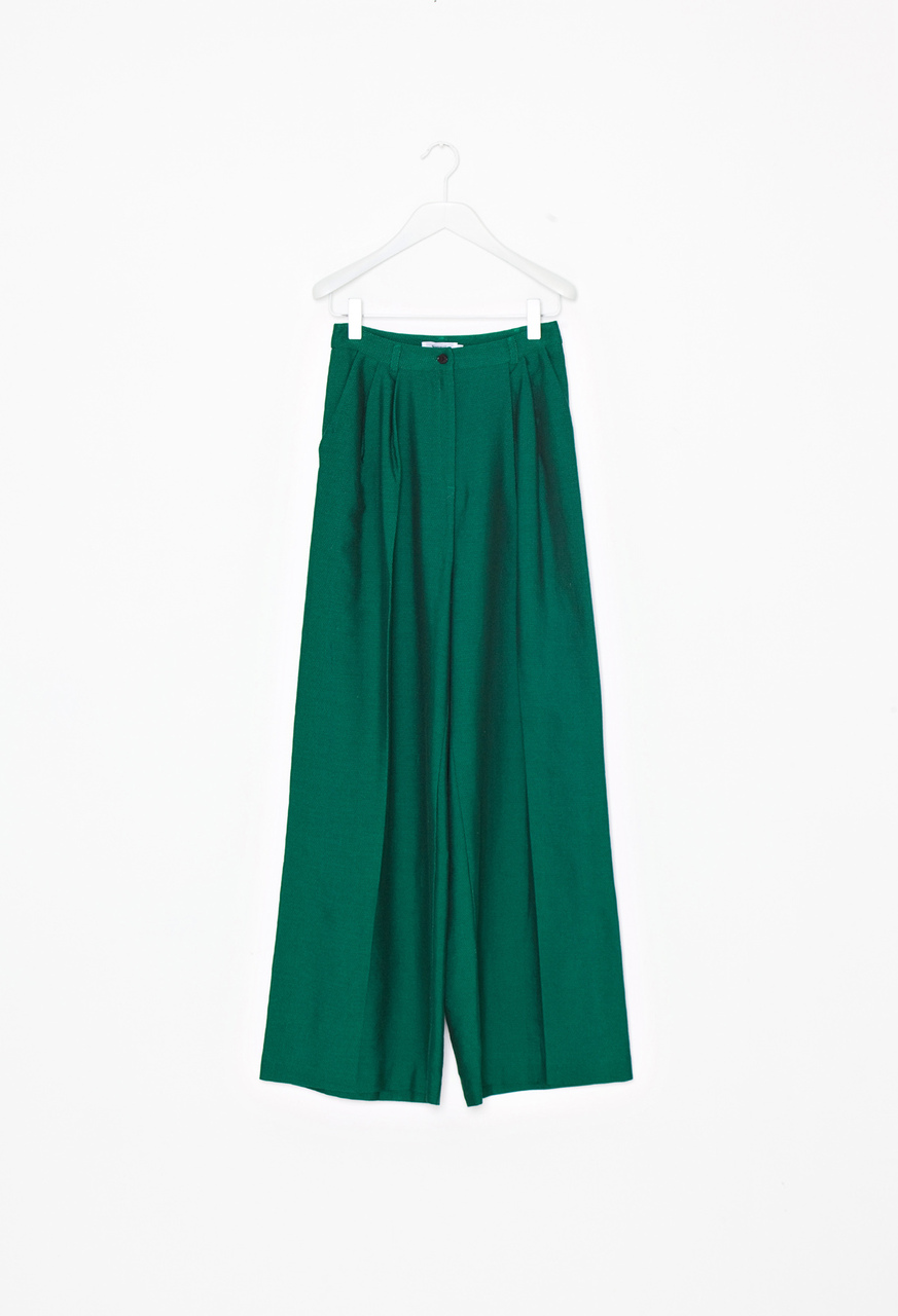 Green_trousers_f_m_