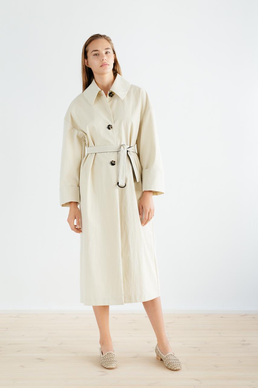 Samuji_ss18_bunko_coat_sand_3