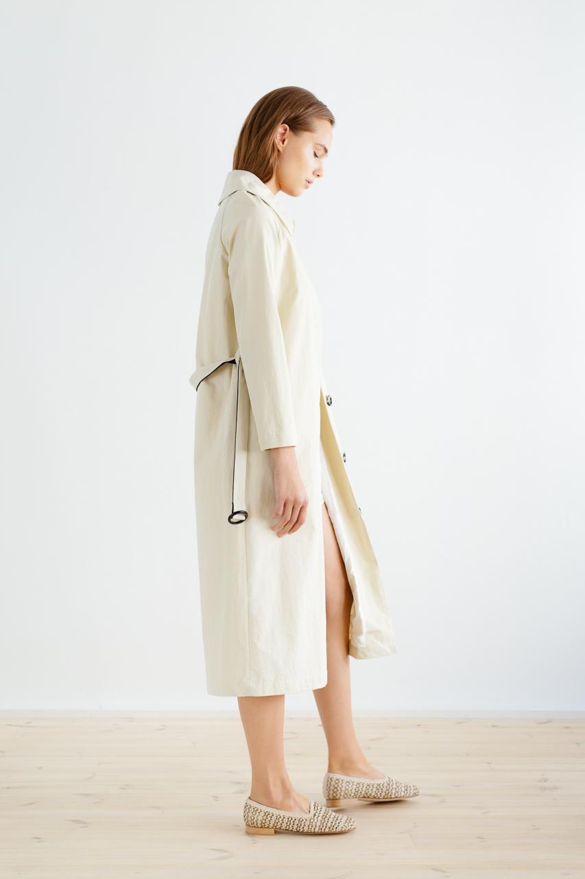 Samuji_ss18_isamu_coat_sand_4