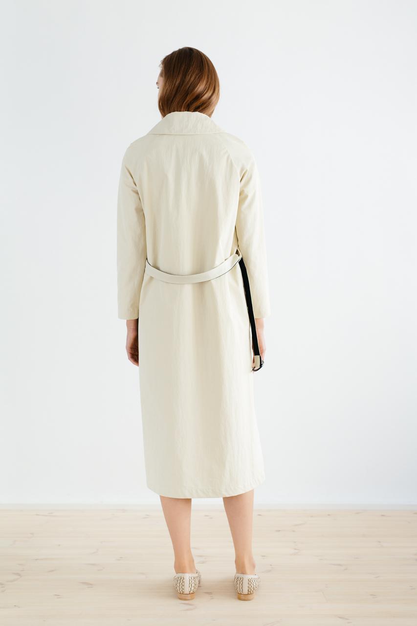 Samuji_ss18_isamu_coat_sand_5