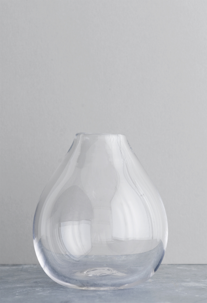Drop glass vase