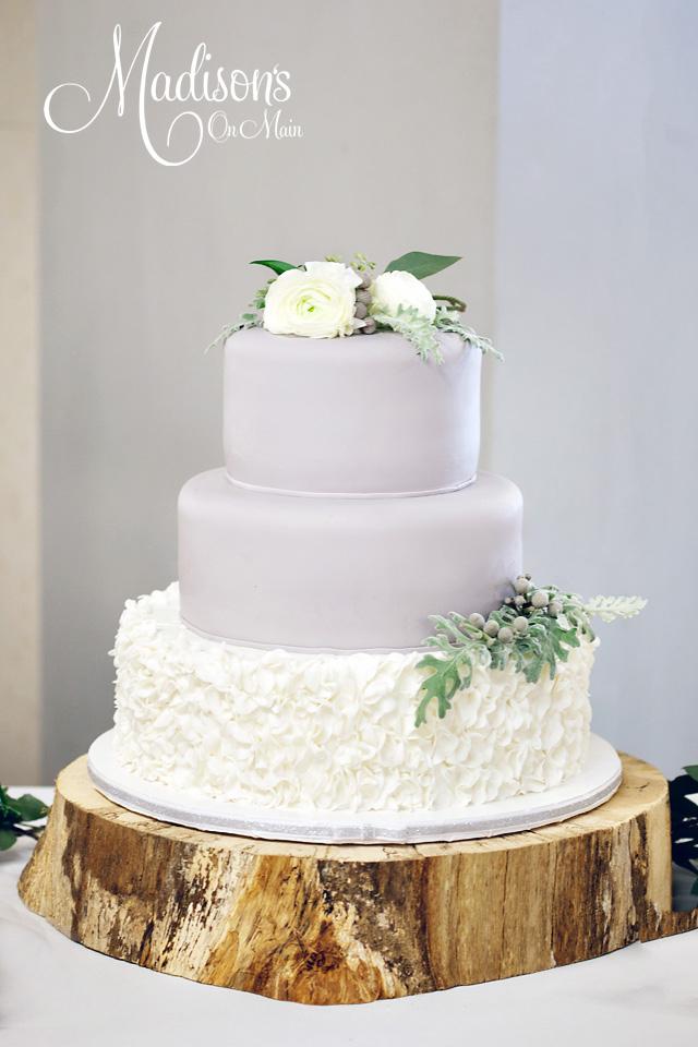 Donna-Munson-Madisons-on-Main-Wedding-Elegant-20.jpg#asset:14828
