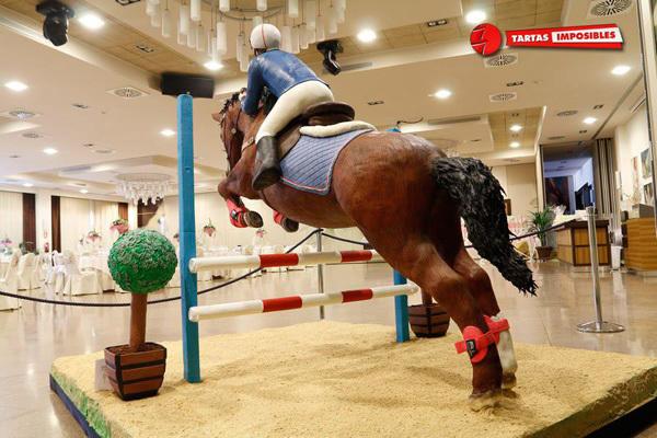 FAOE-Isabel-Horse-1.jpg#asset:11737