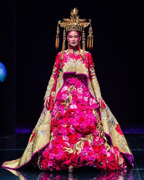 Gown-1.jpg#asset:14698