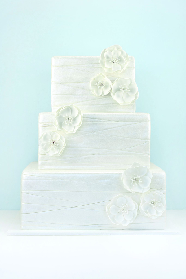 Liz-Shim-Eat-Cake-Be-Merry-Seasonal-Celebration-Winter.jpg#asset:15626