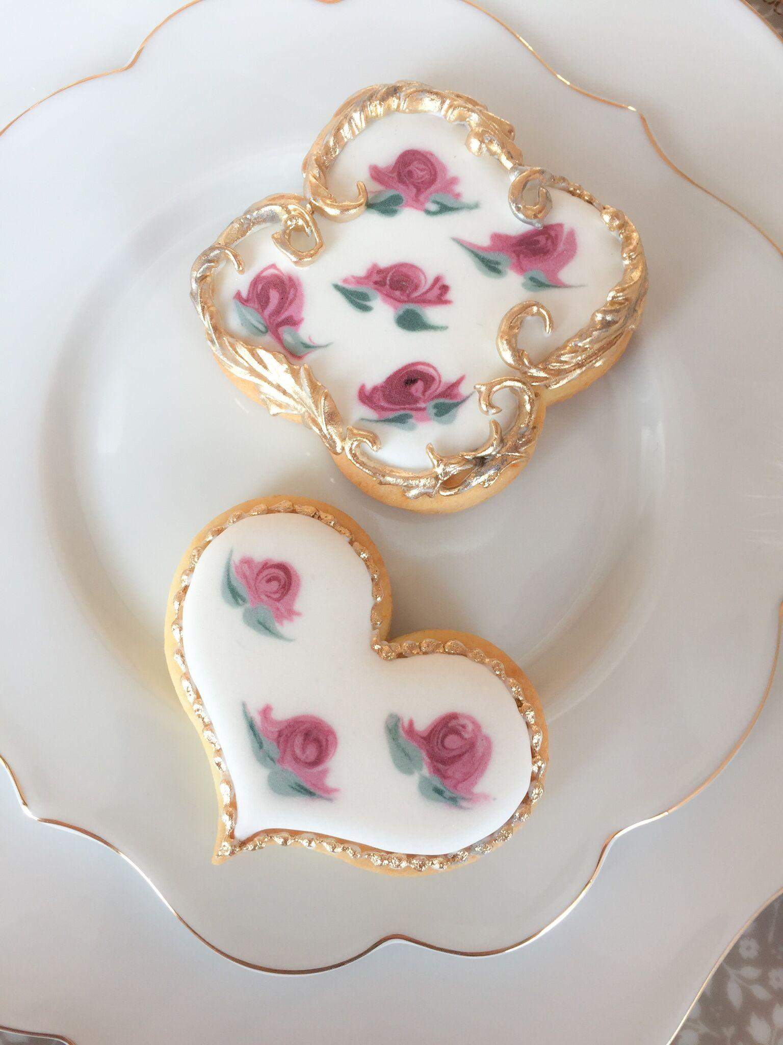 Hand painted vintage flower cookies with gold trim
