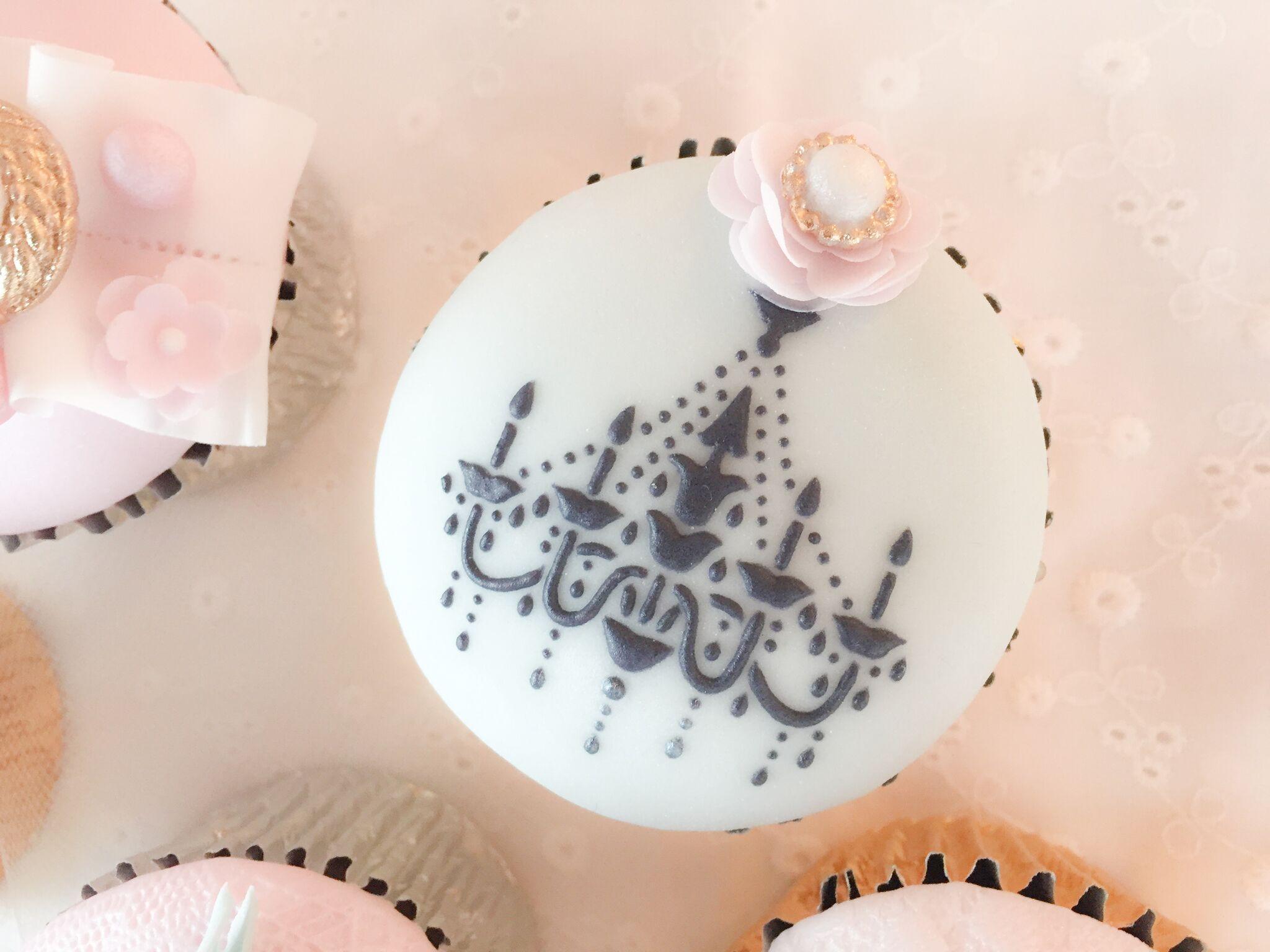 Hand  painted parisian cupcakes