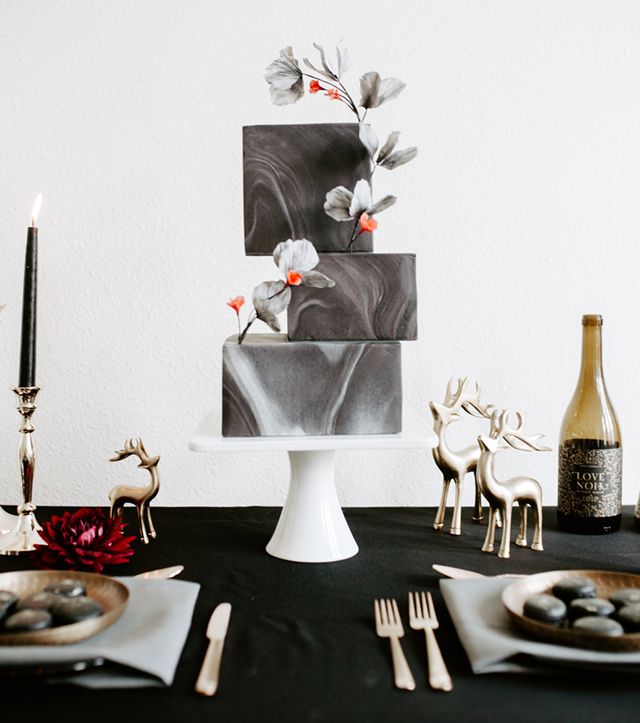 All black marbled modern wedding cake