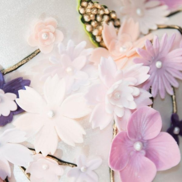 Mimi-Saner-Mimis-Cupcakes-Wedding-Elegant-1-3.jpg#asset:18315:homeSlider