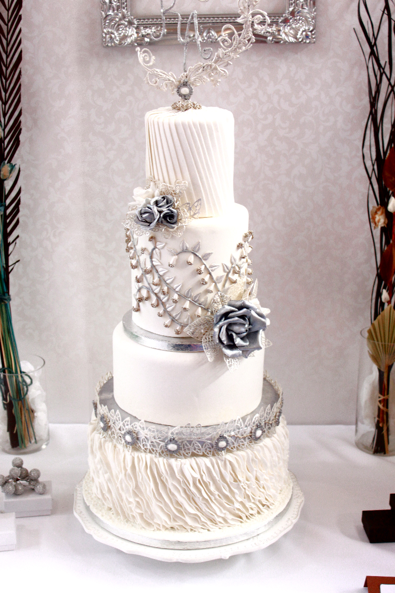 White and silver winter wedding cake