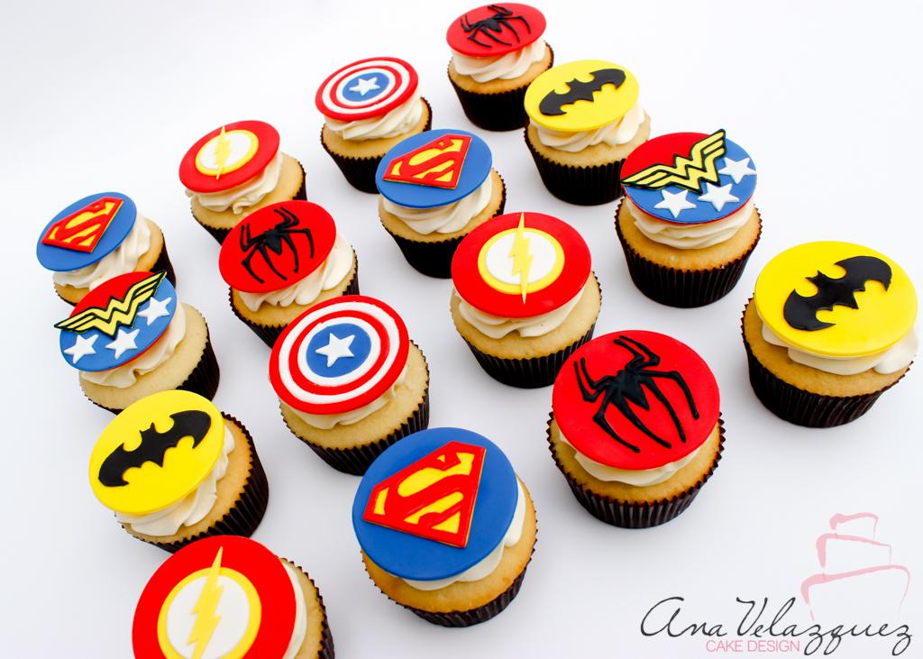 Superhero fondant cupcakes