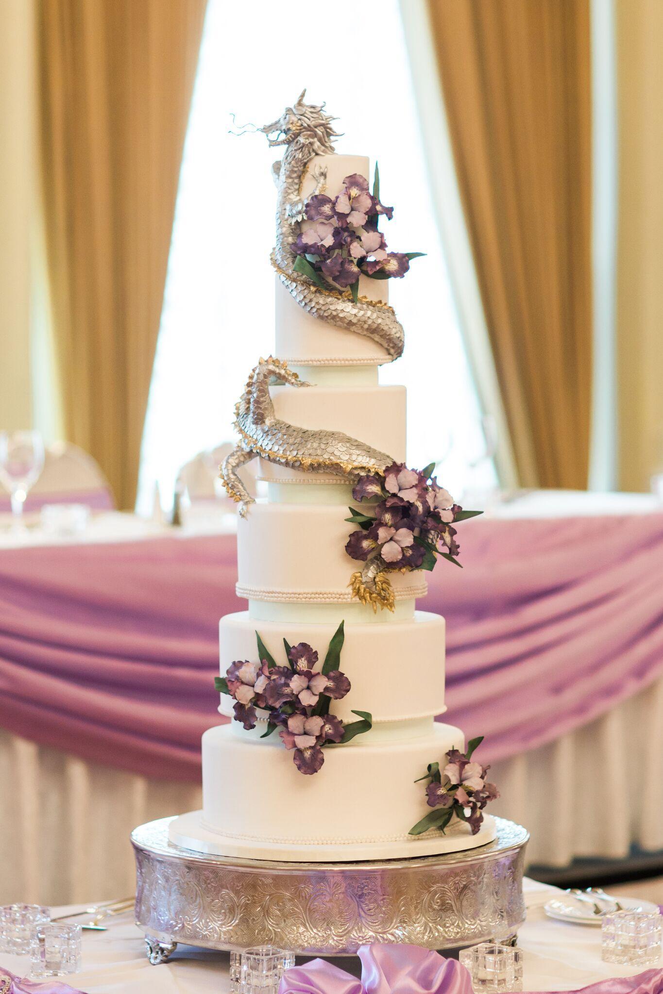 White wedding with dragon theme
