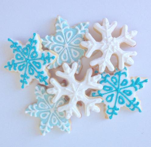Fondant snowflake cookies