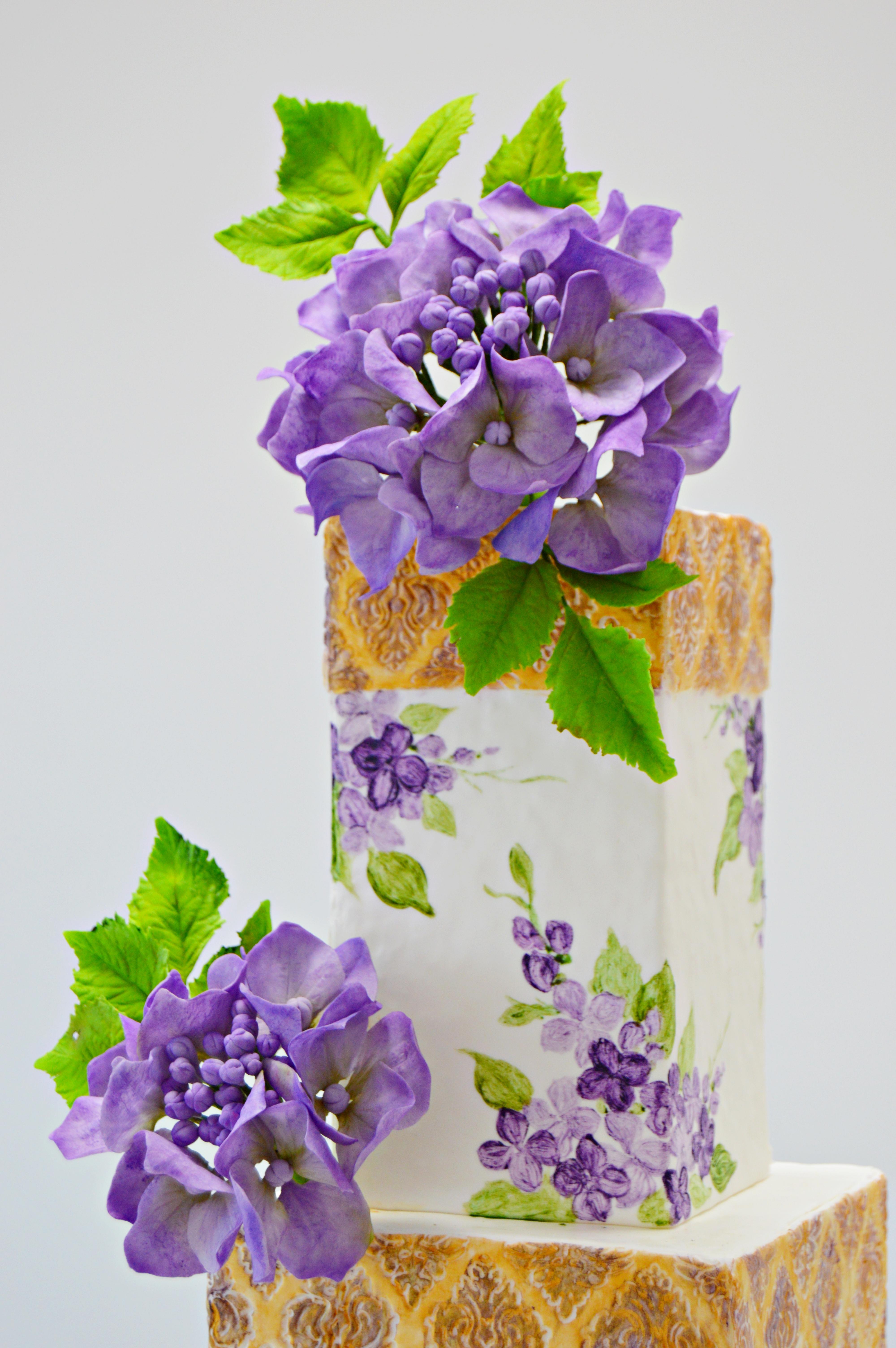 Purple sugar hydrangea cake