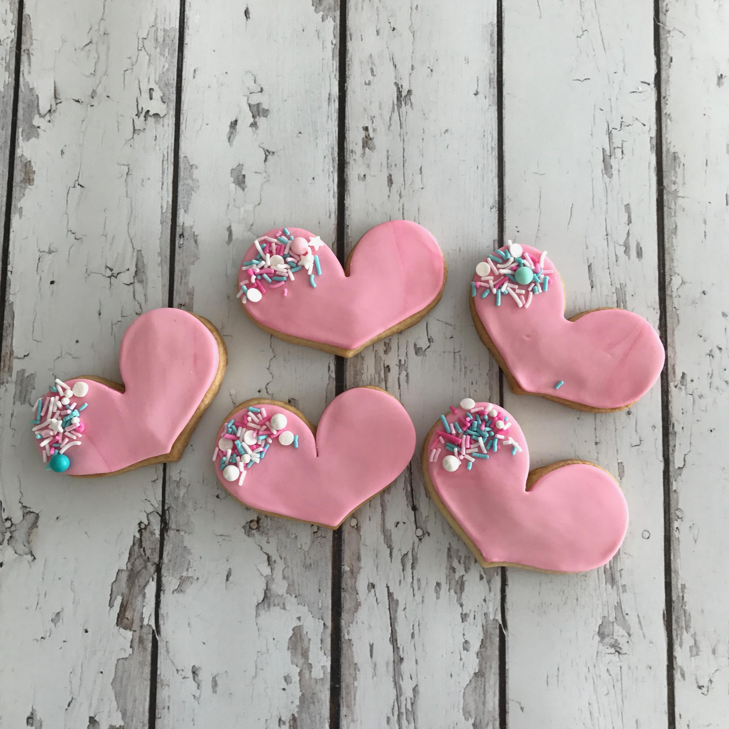Pink fondant heart cookies