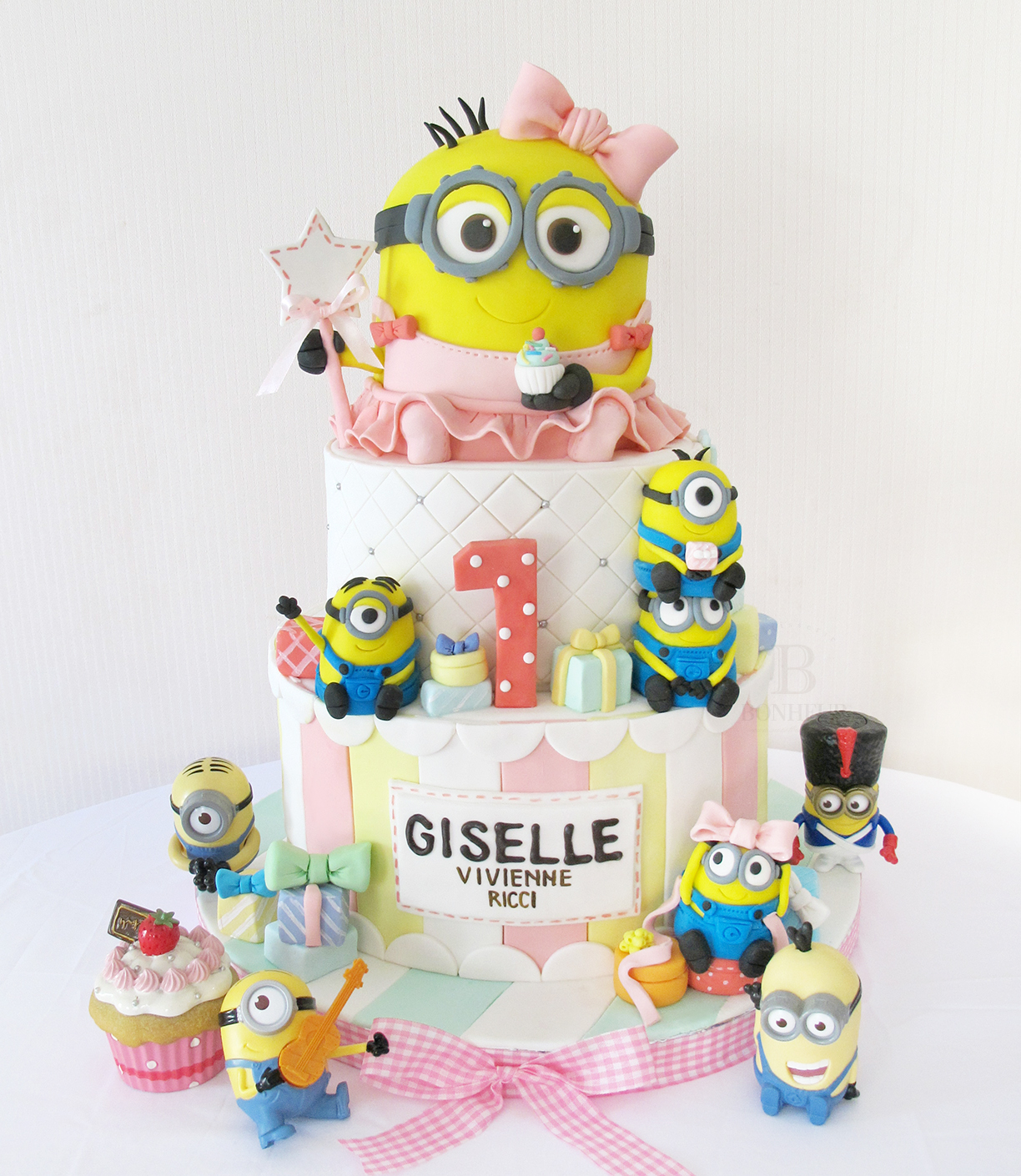 Girl Minion Cake and cupcakes
