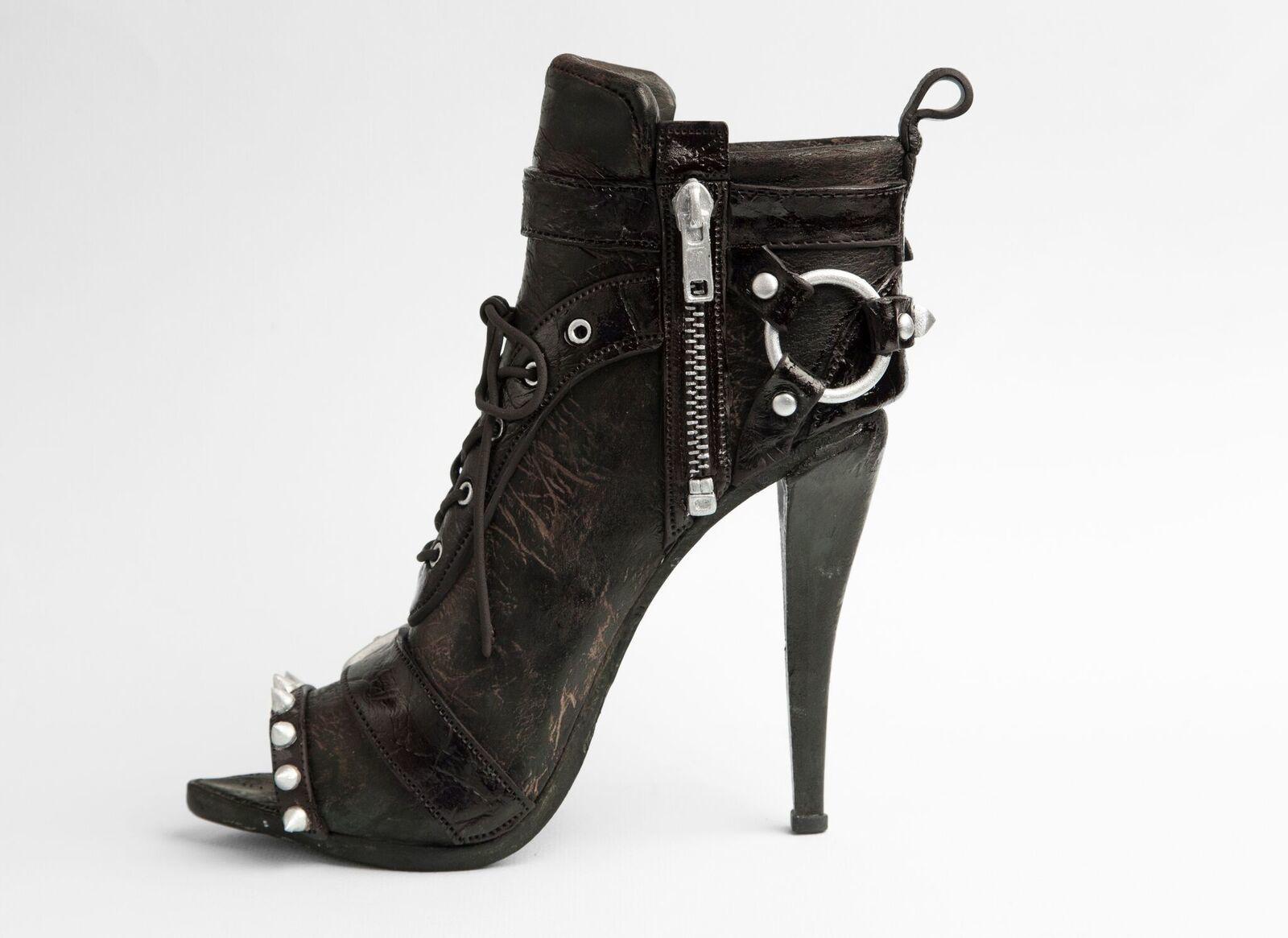 Gum Paste Black kitten heels