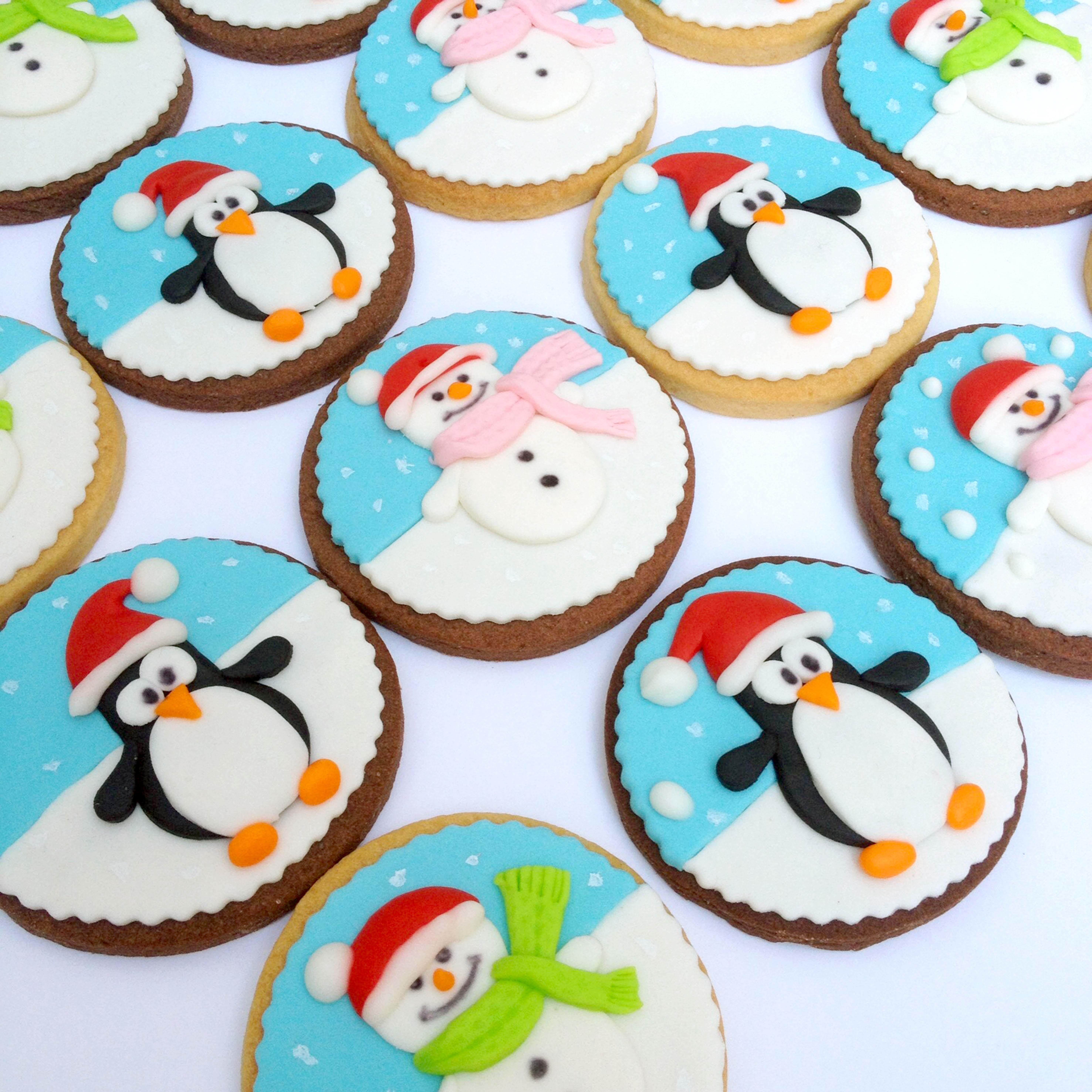 Fondant Winter Penguin Cookies