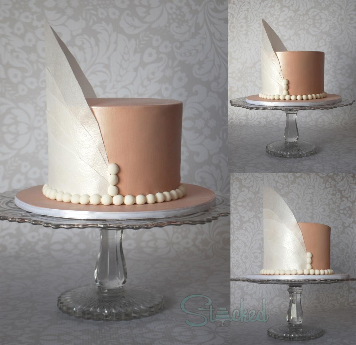 Gatsby inspired mini wedding cake with feather