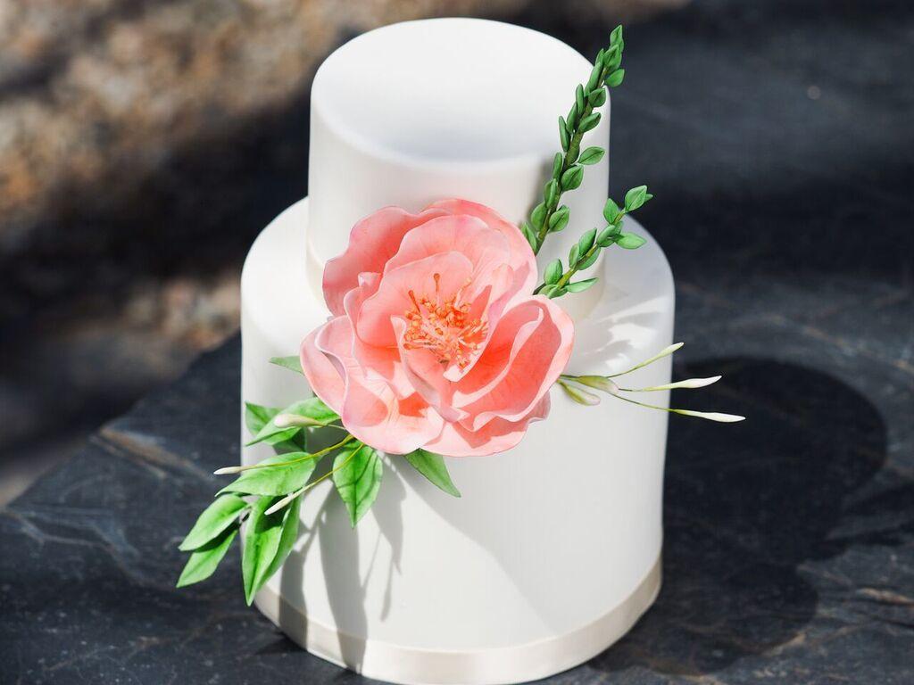 White Wedding with Sugar Flower