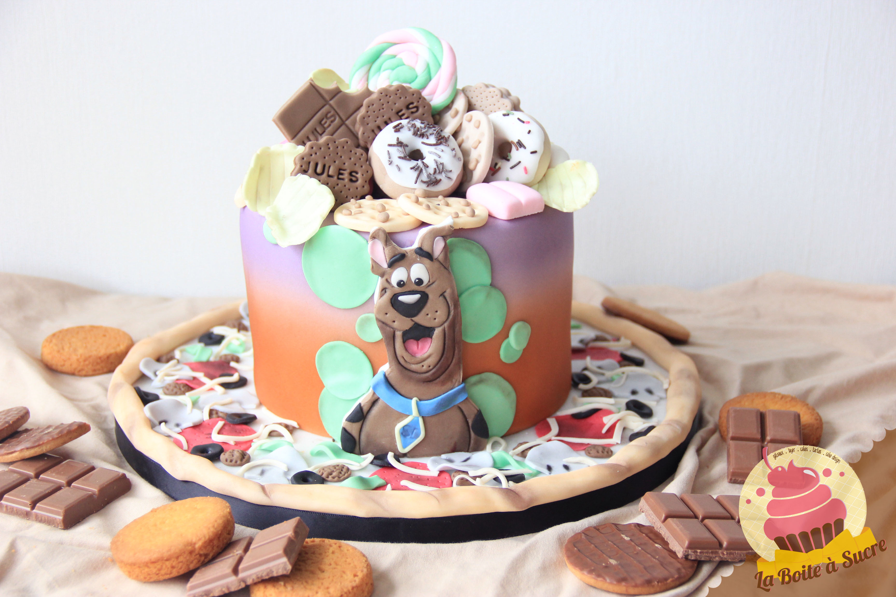 Scooby Doo Drip Cake Birthday